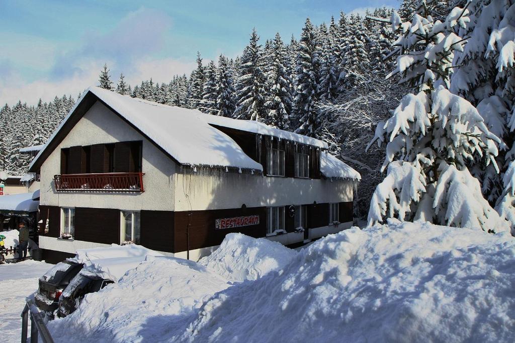 Chata v zime 4