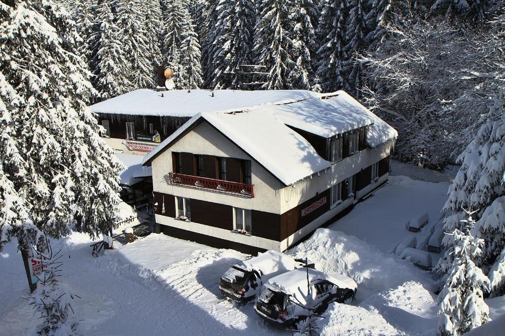 Chata v zime 3